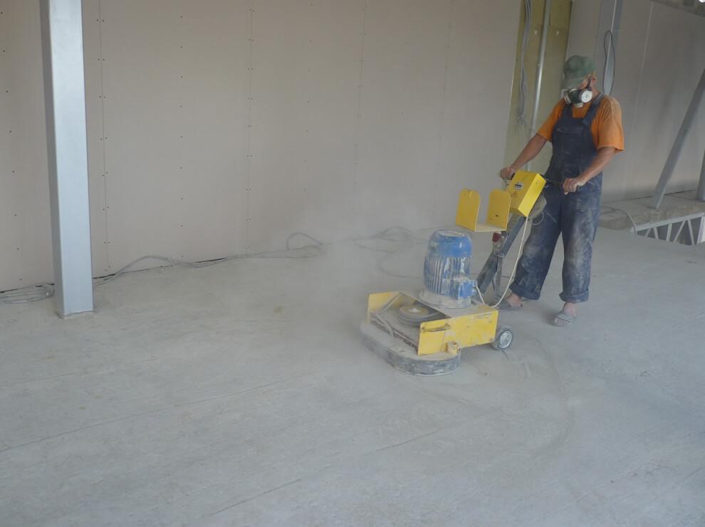Чем отшлифовать бетонный пол своими руками видео